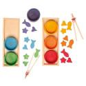 Jeu de tri montessori, bols en bois coloré Grimm's