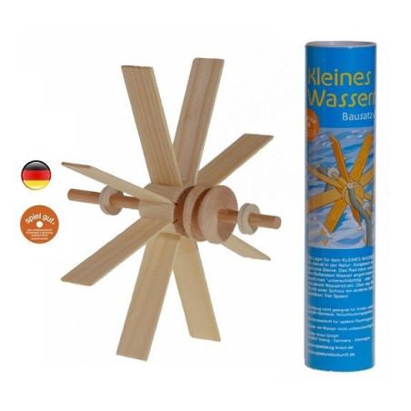 Roue moulin à eau en bois