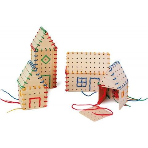 Maisons à lacer, construction avec des fils