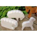 Figurine mouton, animal, jouet en bois ostheimer steiner waldorf de atelier des peupliers