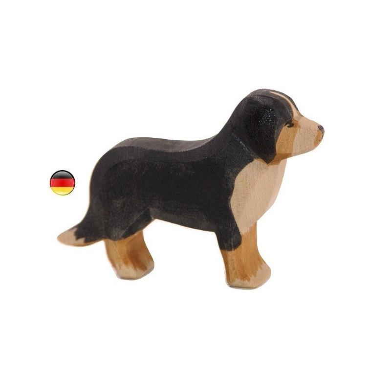 chien Saint Bernard, figurine jouet en bois, jeu steiner waldorf de ostheimer
