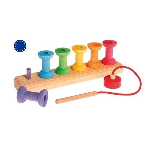 Bobines à enfiler,  jeu de couleur en bois, steiner waldorf et montessori de Grimm's