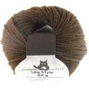 Laine merinos pour cheveux brun de poupée waldorf