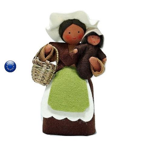 Grand mère terre, petite poupée waldorf pour table de saison ambrosius
