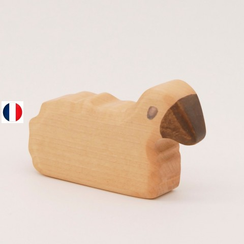 Figurine mouton couché