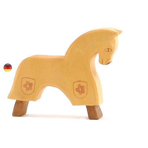 Cheval de tournoi jaune figurine en bois pour le chateau, jouet en bois waldorf steiner de ostheimer